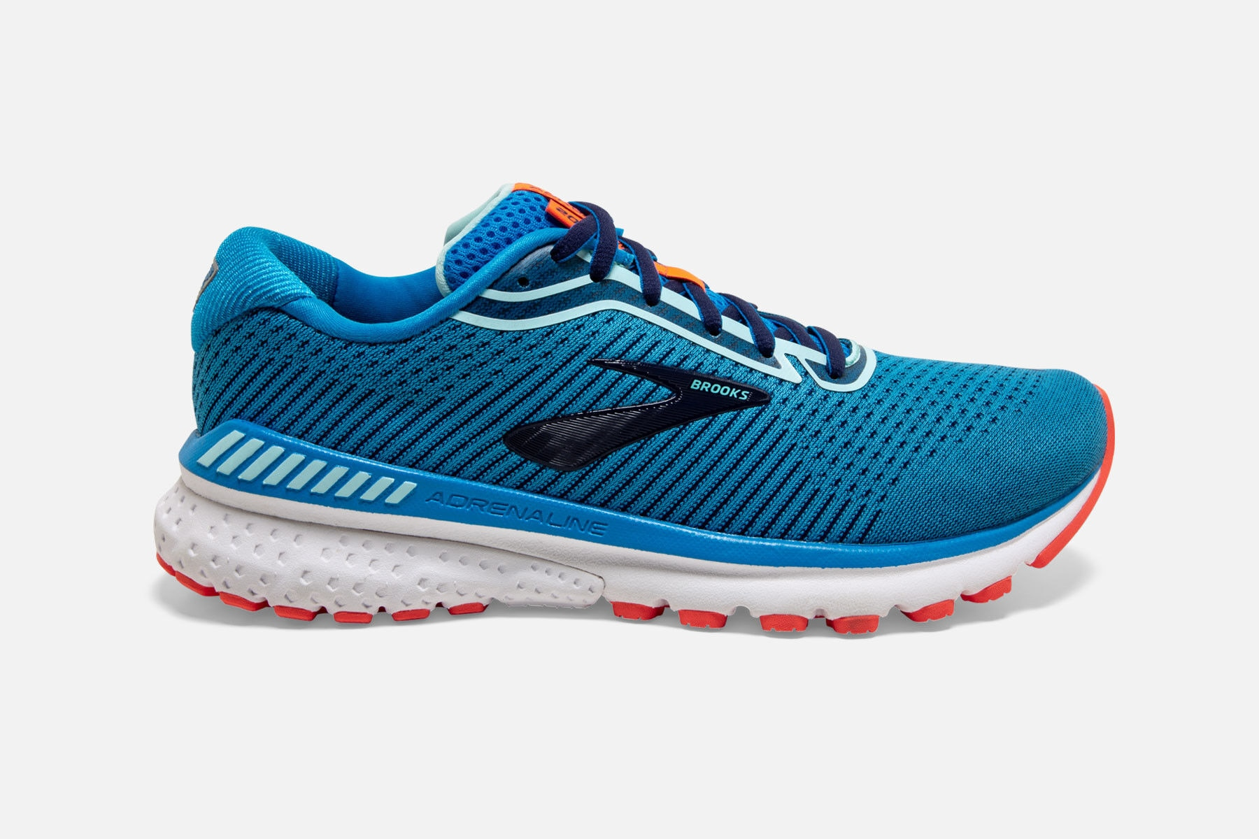 [Image: brooks%20runners-286txg.jpg]