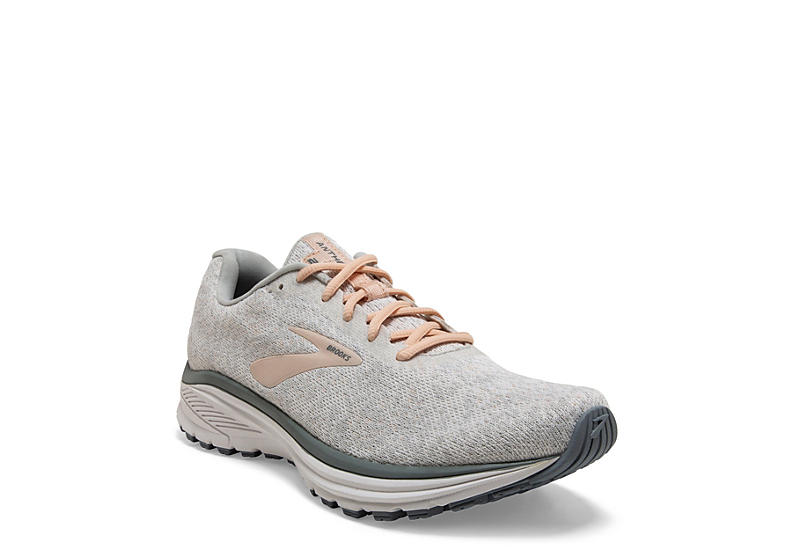 brooks womens shoes